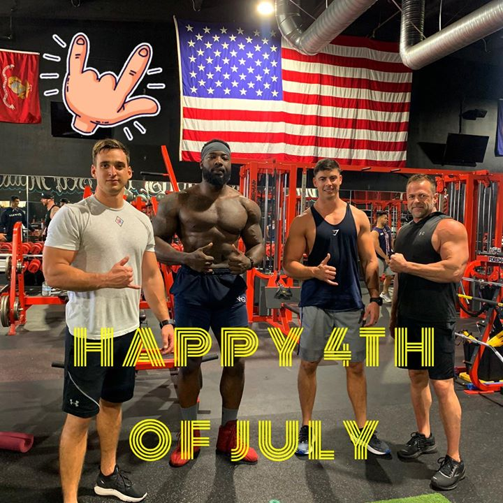 Happy 4th everyone from your friendly Marines – always faithful and fighting for our freedom! 🇺🇸 Go America!